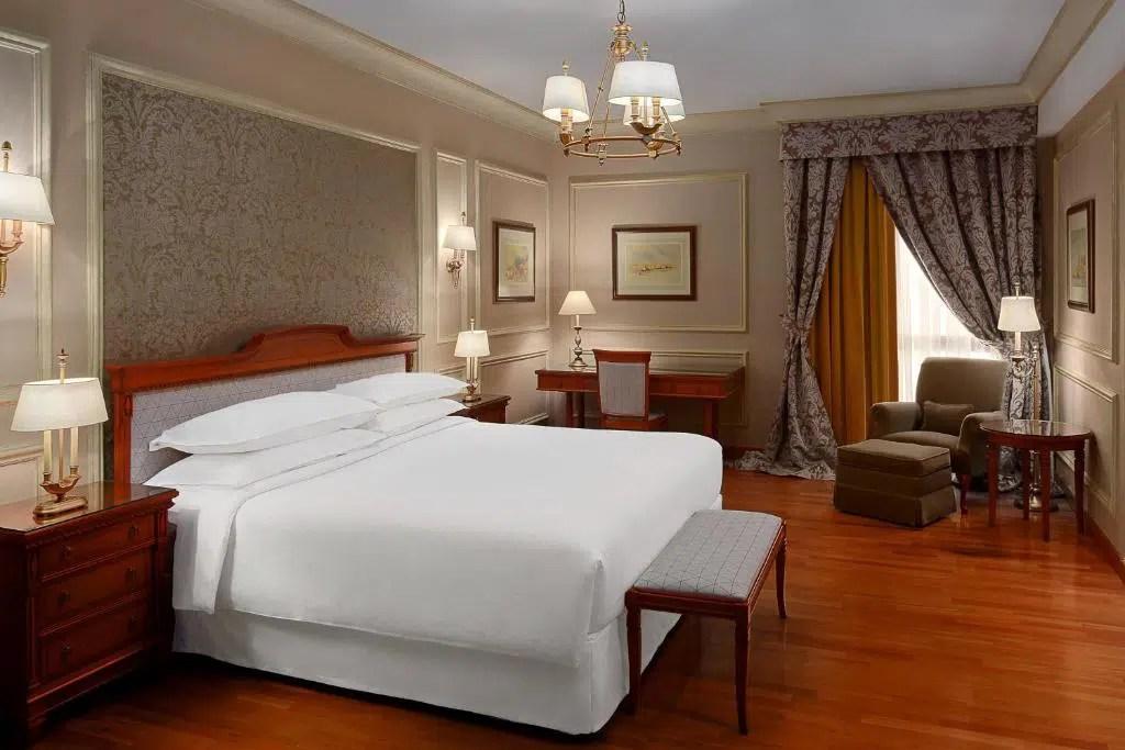 فندق الشيراتون بالرياض