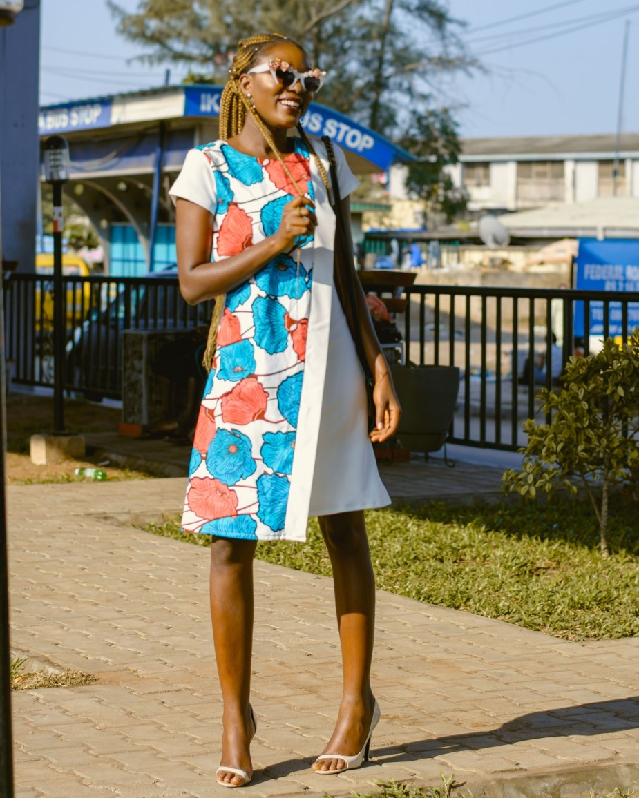 Nigerian Style Blogger Wumi Tuase How To Style An Ankara Shift Dress