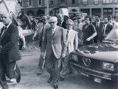 Il Presidente Pertini giunge sul luogo della strage