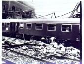 Il treno Ancona-Chiasso investito dai detriti