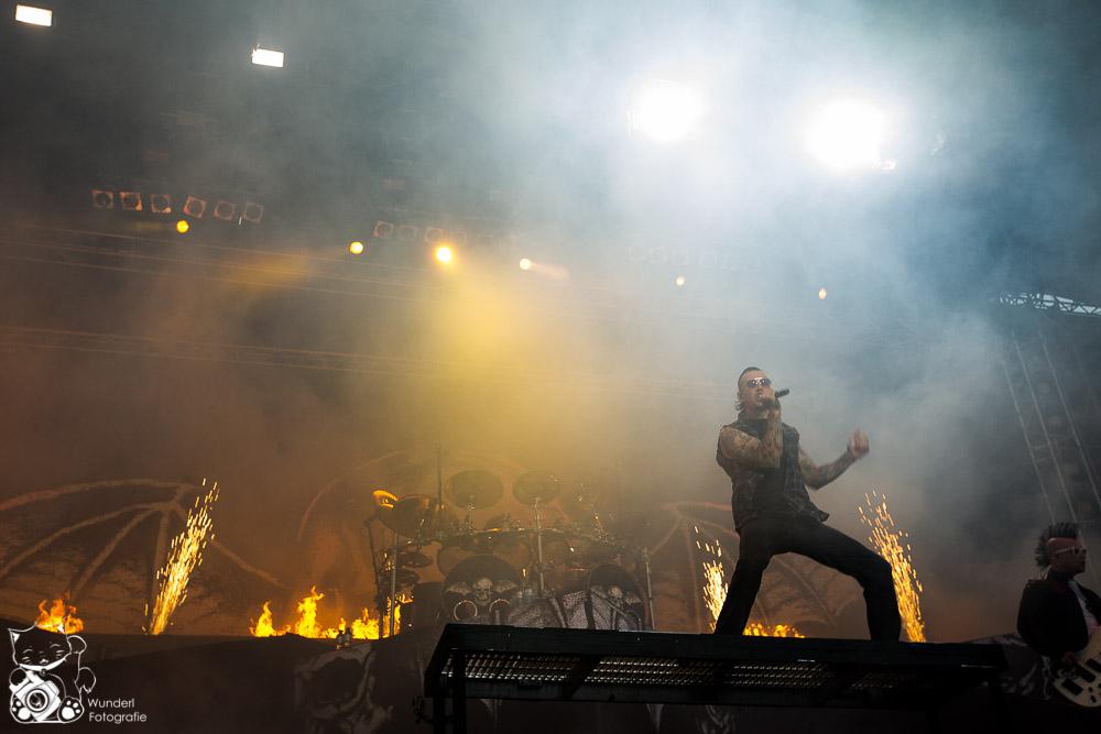NovaRock2014_AvengedSevenfold-4.jpg
