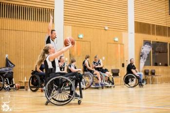Malmö gewinnt mit 26:21 gegen die Mädels aus Baden-Württemberg/Rheinland-Pfalz. Kuhberghalle Ulm, Deutschland.