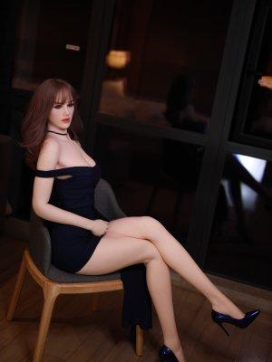 Charlotte Sexdoll 28