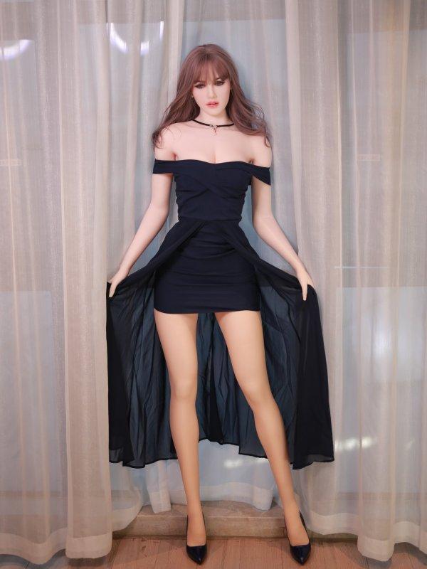 Charlotte Sexdoll 8