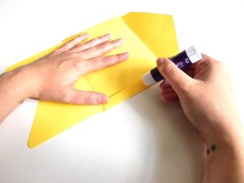 DIY-carte-postale-brodee-collage-enveloppe-wundertute