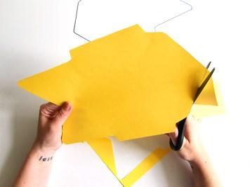 DIY-carte-postale-brodee-coupe-wundertute