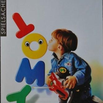 Handel: Titelseite des Spielsachenkatalogs Tomy von Waldmeier AG
