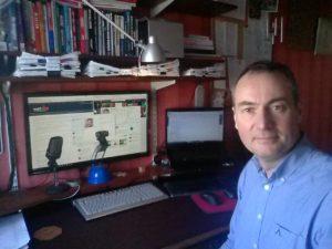 Mark Stonham Wurlwind LinkedIn Training Desk Office Feb2017