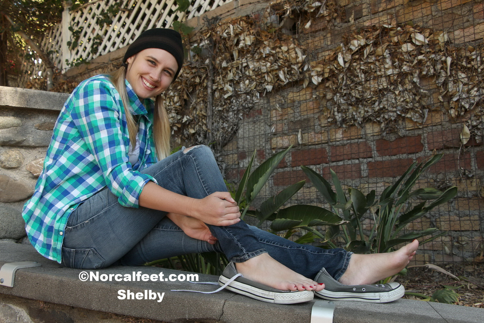 Wus Feet Links  Sexy Soles Shelby