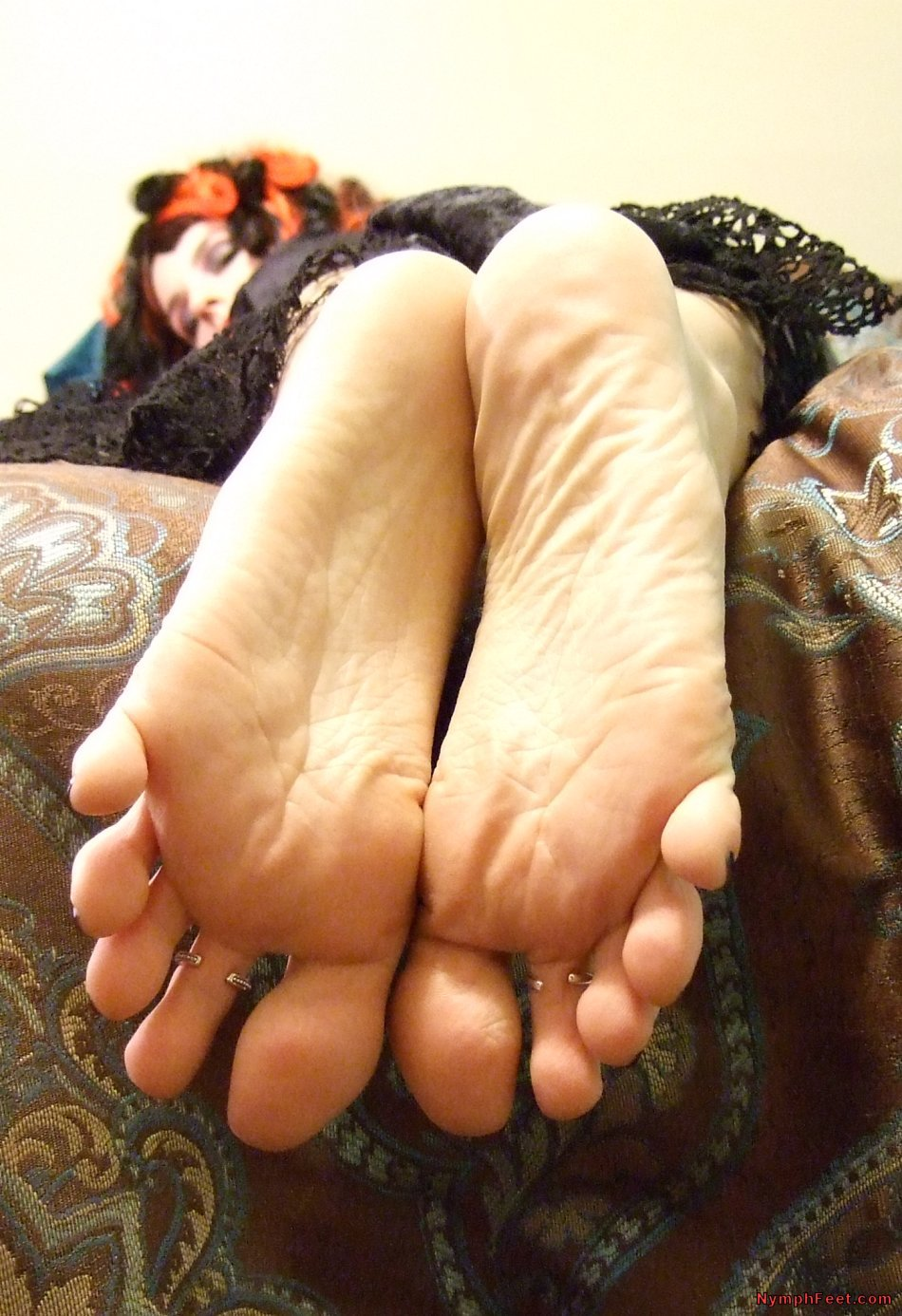 Wus Feet Links  AmberLilys Black Widow Feet