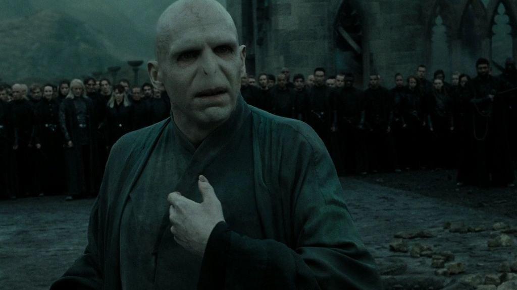 Voldemort mağaraya kaç çocuk getirdi