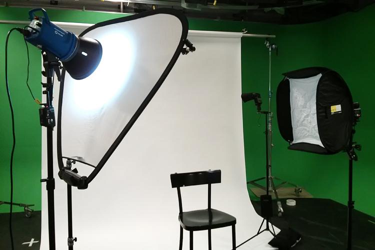Simple Portrait Lighting Setup  Topleftpixel Blog