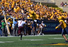 WR Winston Wright, Jr. rises to catch the pass from his quarterback. (WVSN photo by Kelsie LeRose)