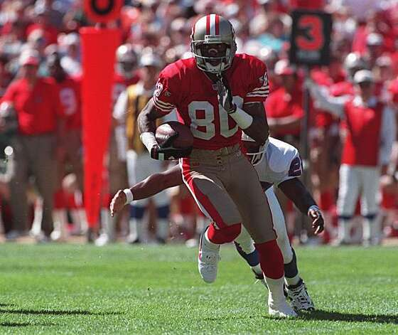 49ERS RICE RUN/01OCT95/SP/DF--JERRY RICE MADE A NICE GAIN AFTER A CATCH IN FIRST QUARTER. BY DEANNE FITZMAURICE49ERS RICE RUN/01OCT95/SP/DF--JERRY RICE MADE A NICE GAIN AFTER A CATCH IN FIRST QUARTER. BY DEANNE FITZMAURICE Photo: Deanne Fitzmaurice, The Chronicle