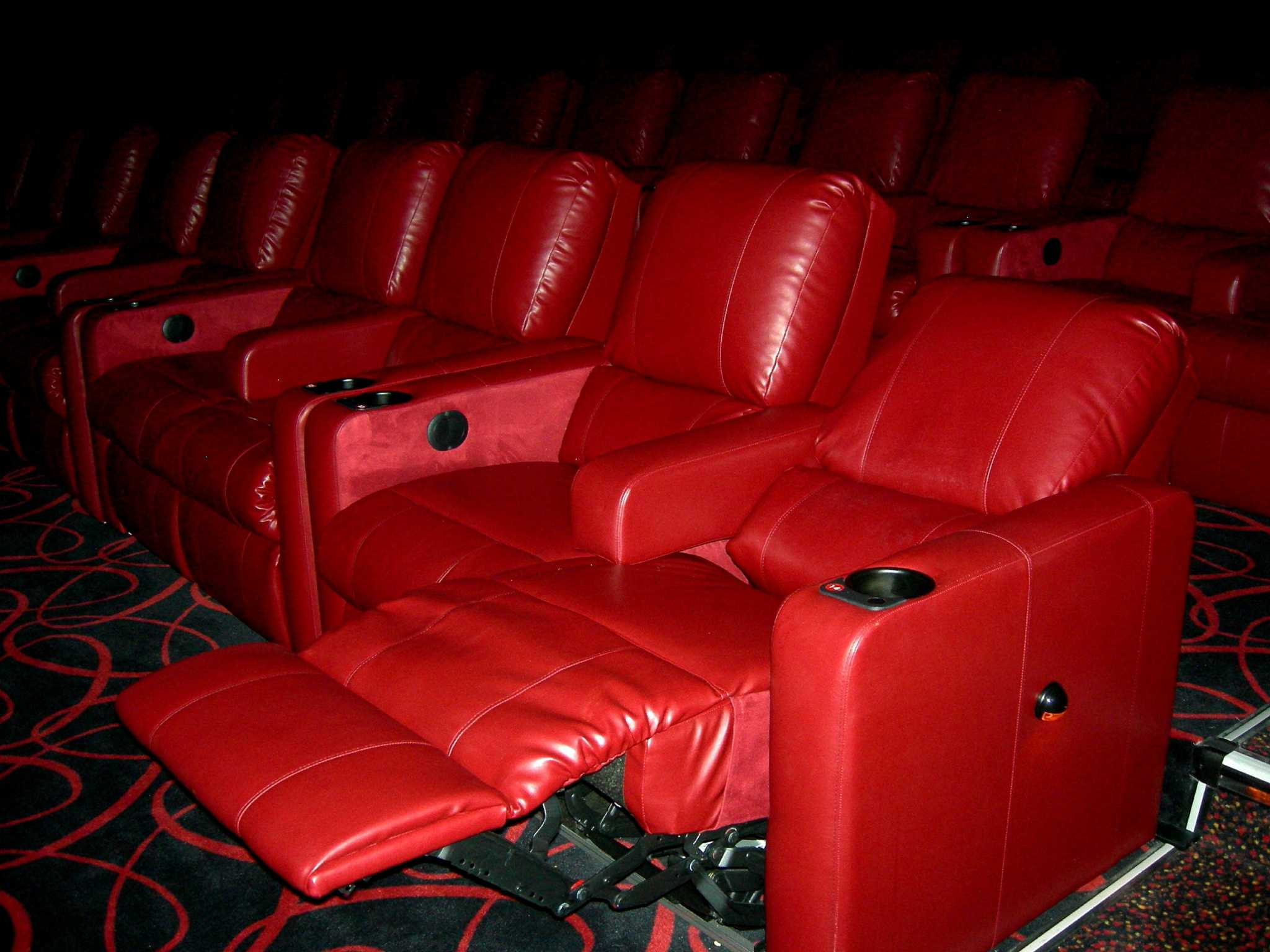 theater chairs best buy desk chair purple kick back at the movies san antonio express news