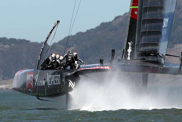 Emirates Team New Zealand in action against Luna Rossa Challenge during the seventh race of the Louis Vuitton Cup finals in San Francisco, California on Saturday, August 24, 2013. Photo: Michael Short, Special To The Chronicle