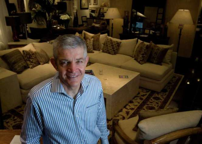 Gallery Furniture Owner Jim Mcingvale Will Refund Purchases Of 3 000 Or More If The Astros Win