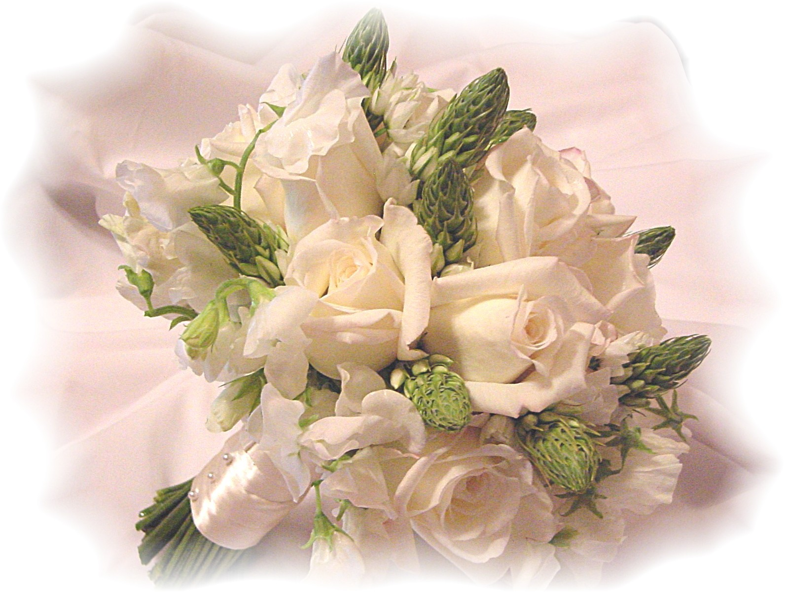 DIY Wedding Flowers Blossom into Savings for Brides