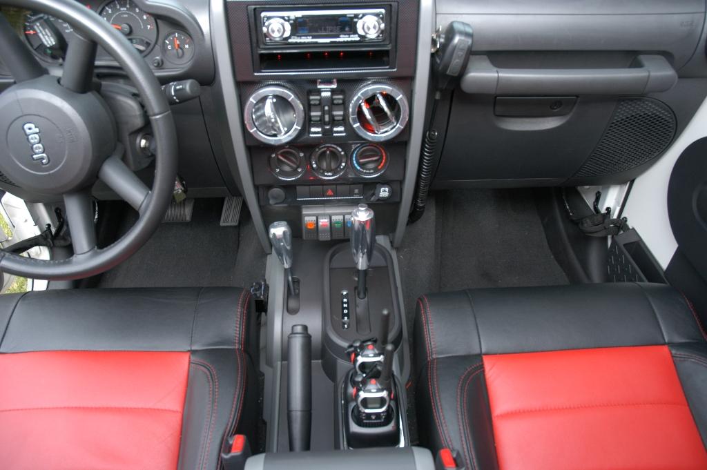 Jeep interior accessories australia for Jeep wrangler interior accessories