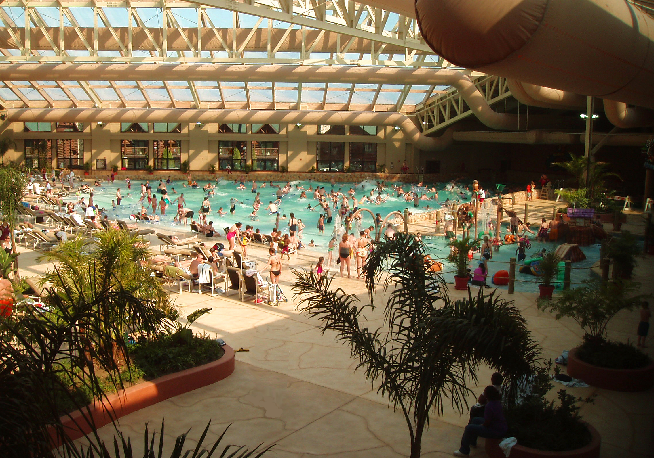 Cabin Fever Consider Visiting This Indoor Water Park Resort