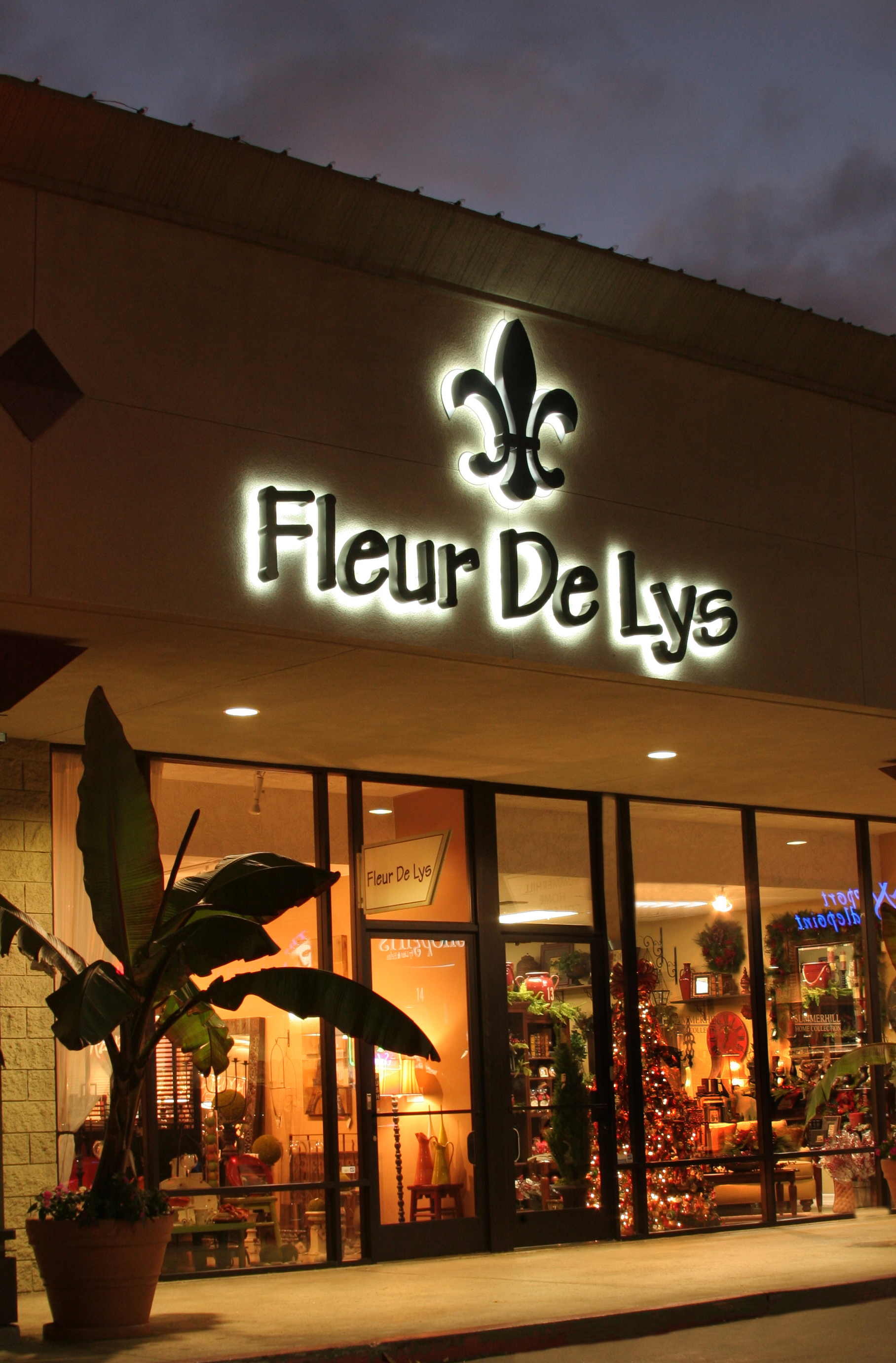 kitchen and bath store remodeling projects fleur de lys celebrates the opening of newly expanded home ...