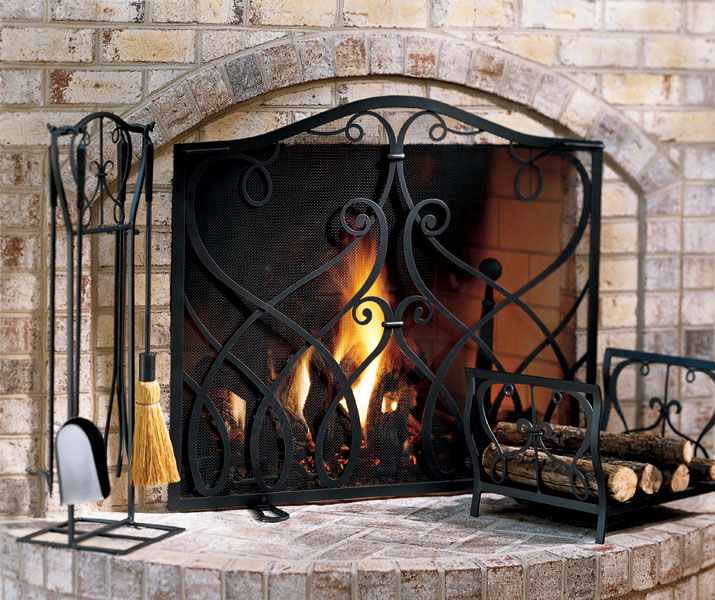 Agora Brings Wrought Iron Decor to Internet Marketplace