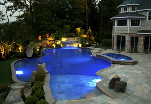 1000 Amazing Pools And Backyard Escapes