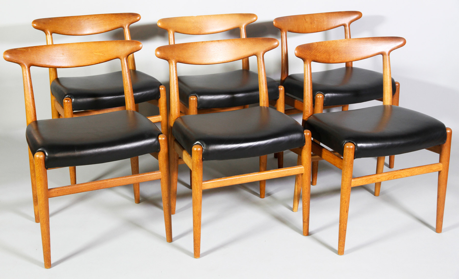 hans wegner chairs design within reach z line executive chair furniture to appear in upcoming 20th century