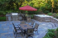 Stylish Home Design Ideas: Outdoor Living Spaces With Jacuzzi