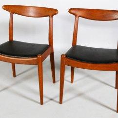 Hans Wegner Chairs Design Within Reach White Resin Folding Kaminski Auctions Will Host A 20th Century Decorative Art