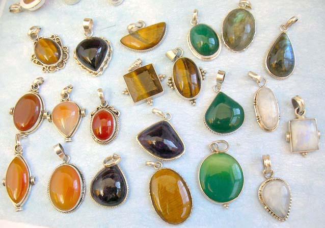 Adds New Gemstone Jewelry To Its