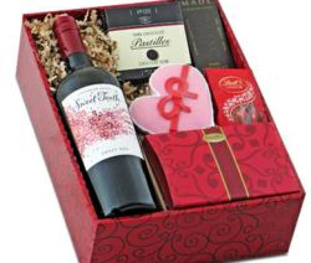 Sweet Tooth Red Wine Gourmet Gift Box