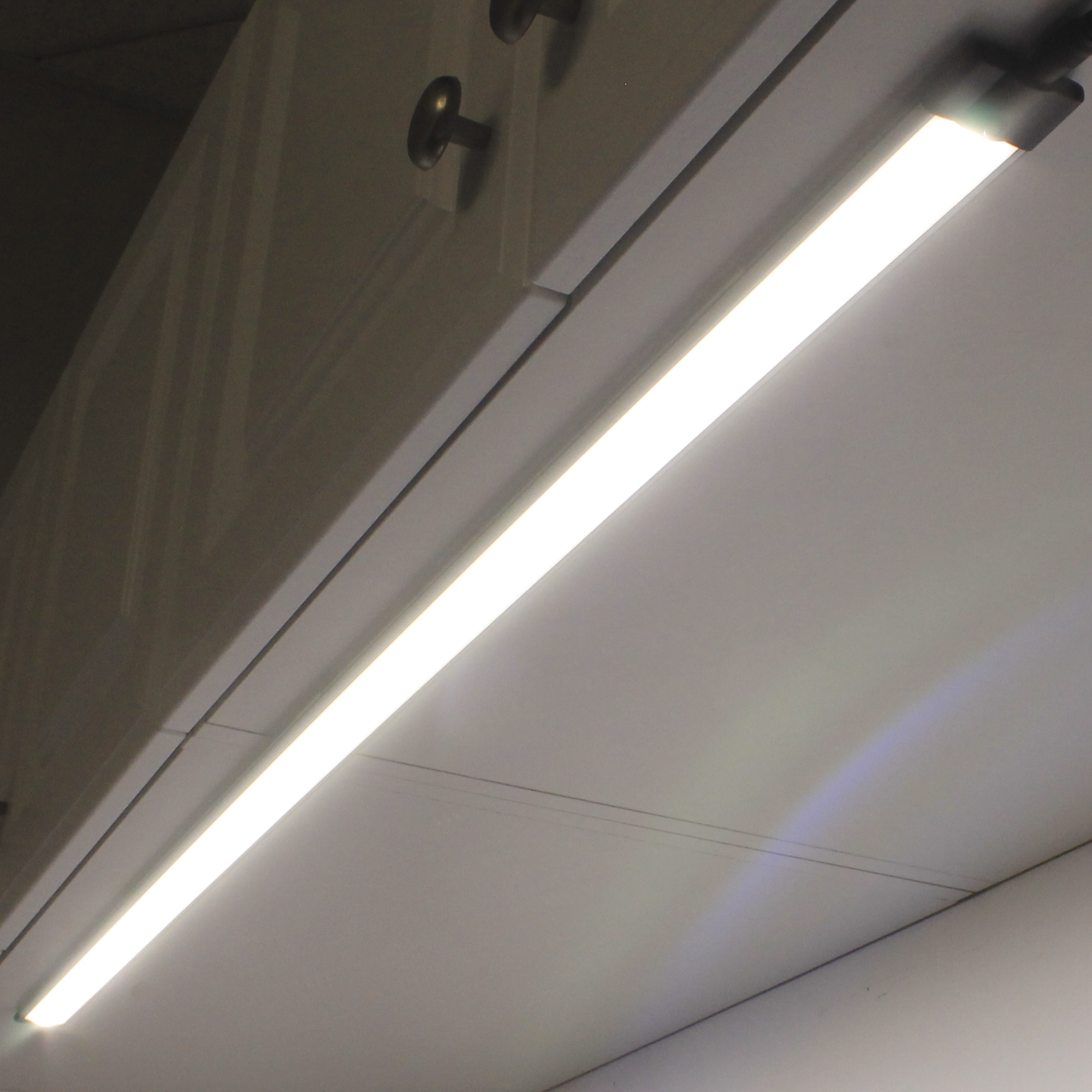Environmentallightscom Adds New Line Of Led Under Cabinet