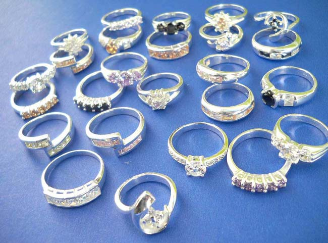 Wholesalesarongcom Announces New Arrival of Stainless Steel Rings to its Wholesale Jewelry