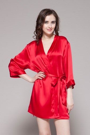 Delicately Designed Silk Nightwear From Lilysilk Gift