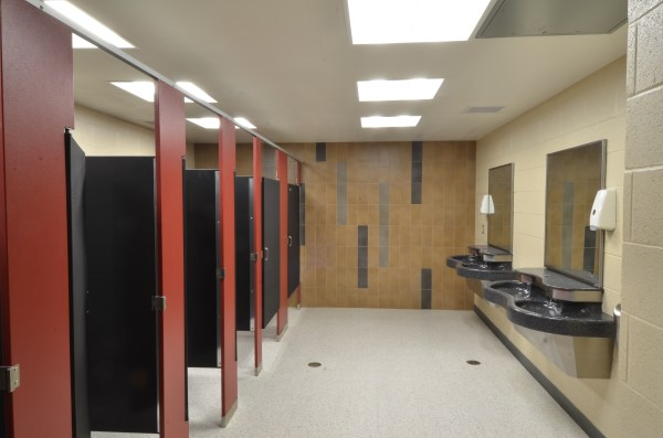 Peoria High School Selects Scranton Products Restroom Partitions Part Of 19 Million Renovation