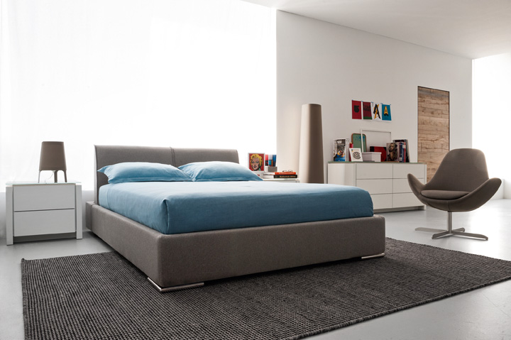 Pomp Homes Modern Furniture Store in Los Angeles