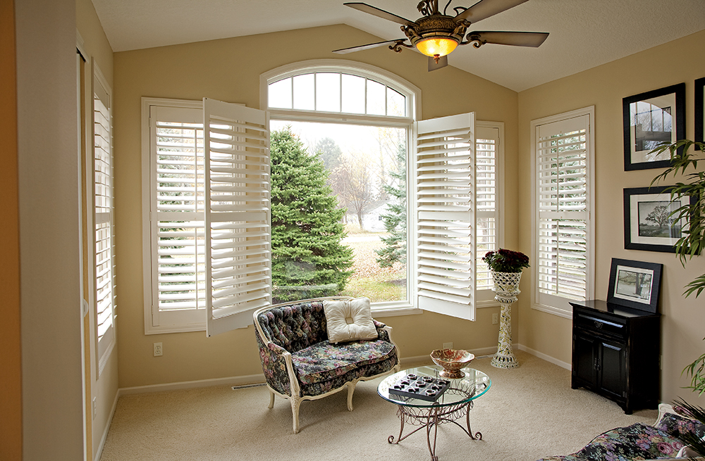 DoItYourself Plantation Shutters An Easy Way to Increase Home Value  Rockler Shutter Jigs