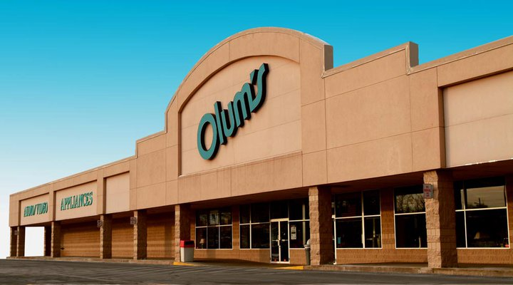 Olums Furniture Store Opens in Mattydale