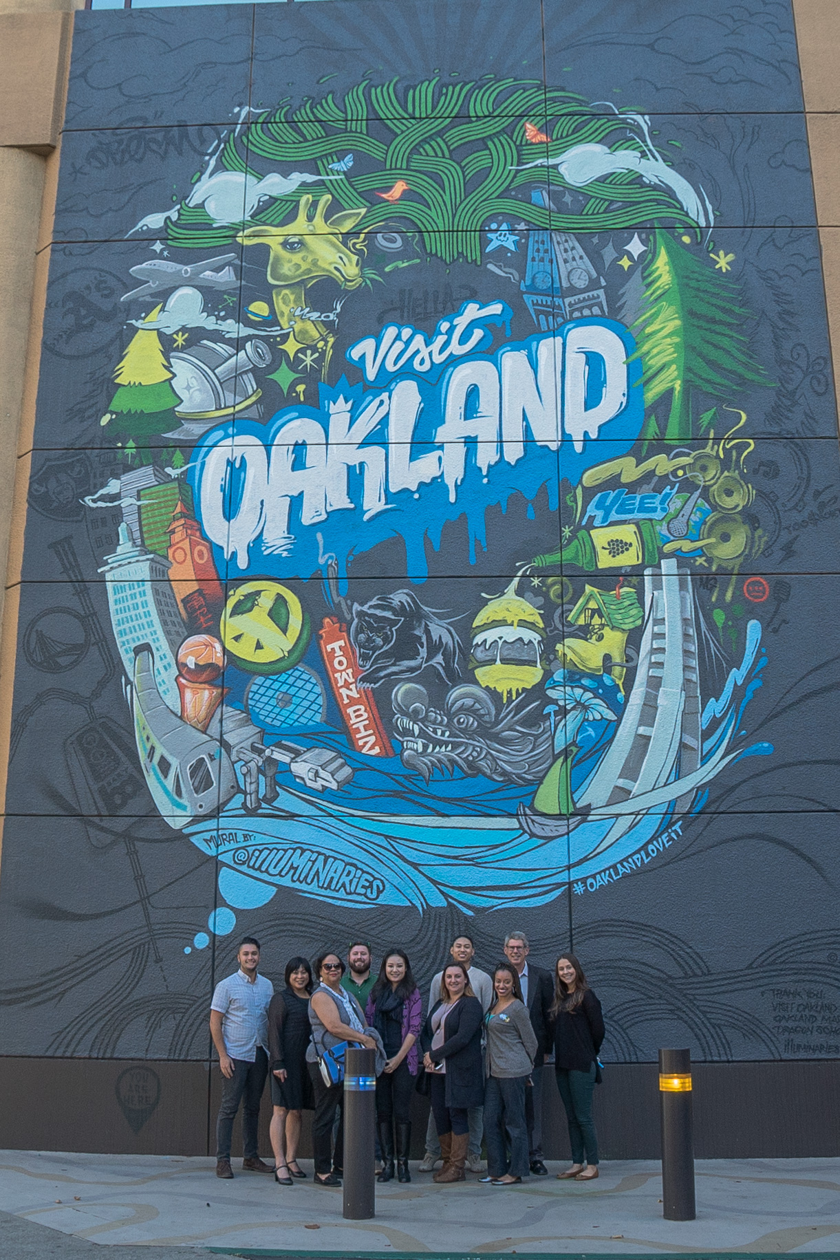 Visit Oakland Debuts City Mural For Official Selfie Wall