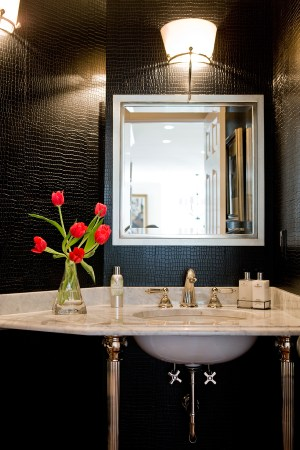 powder leather interior bathroom wall walls croc traditional bath wilson magazine dark paper master tiles kelsey boston перейти awarded shore