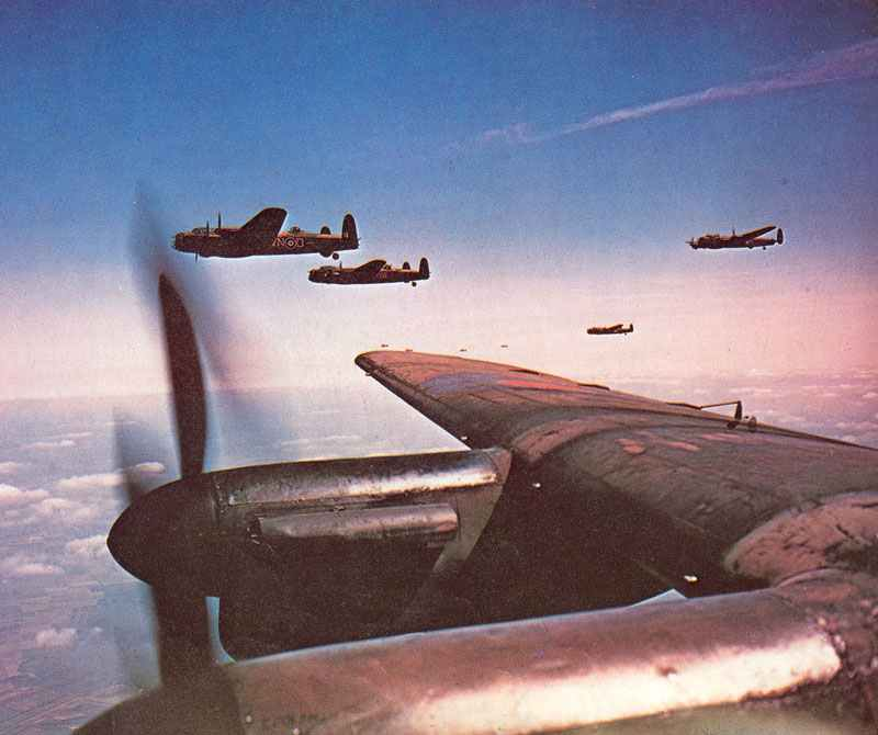 Splendid picture taken from beside the pilot of a Lancaster