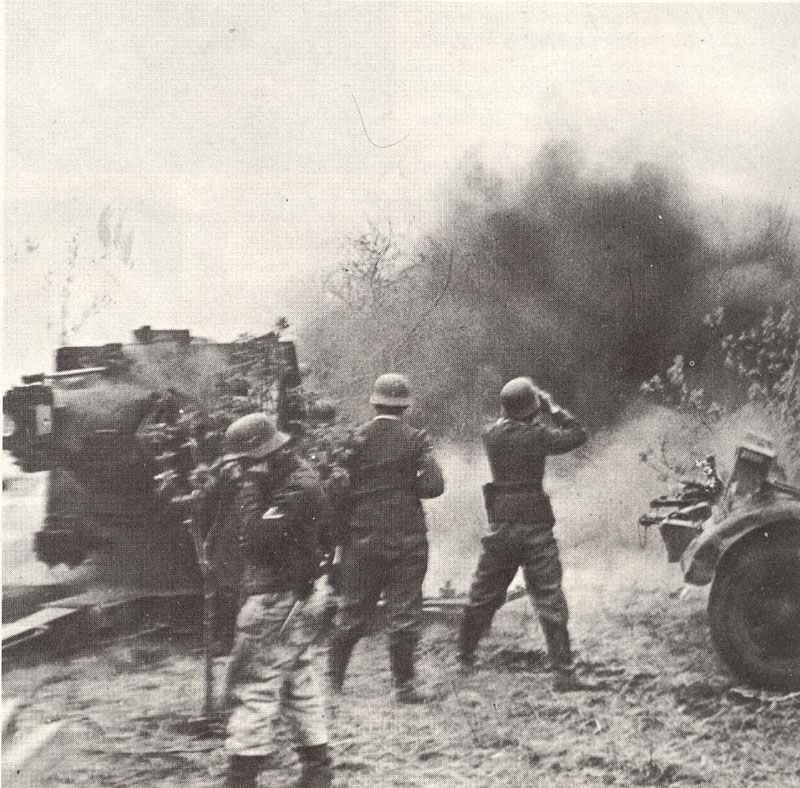 88 gun of the Luftwaffe fires on Soviet positions