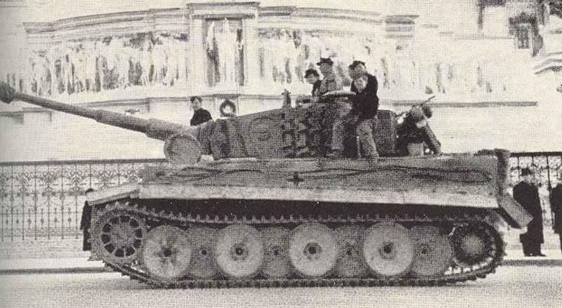 A PzKpfw VI Ausf. E in Rome, 1944.