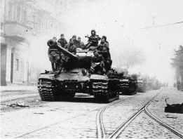 IS2 tanks in Berlin, 1945