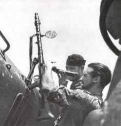 MG34 as light anti-aircaft weapon