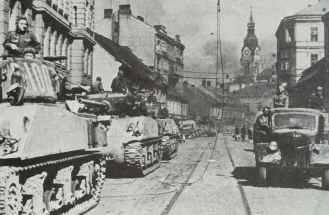 Russian M4A2(76mm) Sherman tanks
