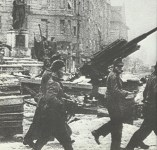 Red Army soldiers take German prisoners in Budapest.
