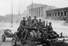 Russian soldiers in Vienna