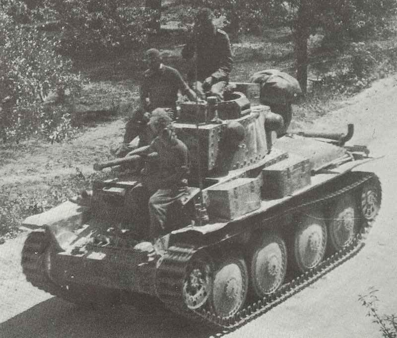 Pzkpfw 38(t) Ausf E or F